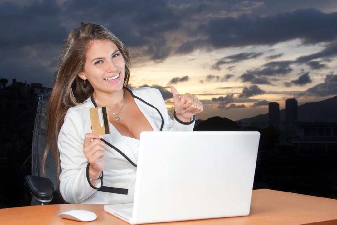 Czy zakupy online mogą nas zmęczyć i sfrustrować? O UX i CX oraz na co warto zwrócić uwagę w biznesie e-commerce