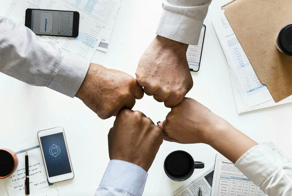 Zarządzanie doświadczeniem klienta (CX Management) – czym jest i jak robić to dobrze?